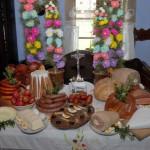 Święcenie pokarmów w chałupie z Dzierżążni
