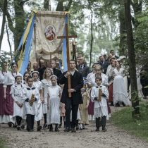 Stulecie Winnych, skansen w Sierpcu, fot. H.KOMERSKI, procesja