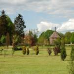 Parki i kaplica z Dębska - wiosna w Muzeum Wsi Mazowieckiej w Sierpcu