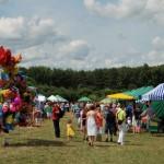 Miodobranie 2013, skansen w Sierpcu - kiermasz produktów regionalnych na polanie