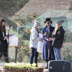 Niedziela Palmowa 2018, skansen w Sierpcu - na scenie, laureaci odbierają nagrdy w konkursie