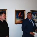 """Wystawa """"Sielskie klimaty w malarstwie Wojciecha Adama Witkowskiego"""", Ratusz w Sierpcu - Dyrektor Jan Rzezotarski otwiera wystawę"""