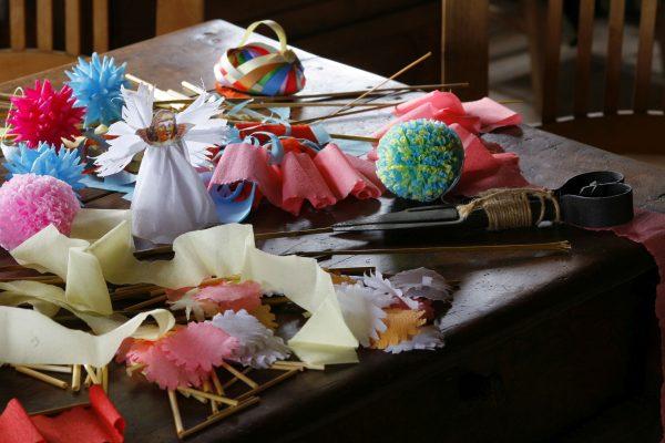Ozdoby bożonarodzeniowe w chałupie wiejskiej - Skansen w Sierpcu