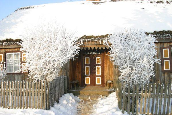 Skansen w Sierpcu - zwiedzanie zimowej ekspozycji