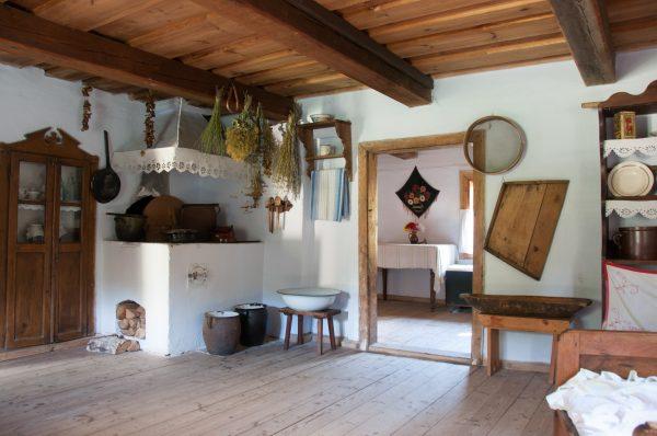 Skansen w Sierpcu - wyposażenie kuchni wiejskiej