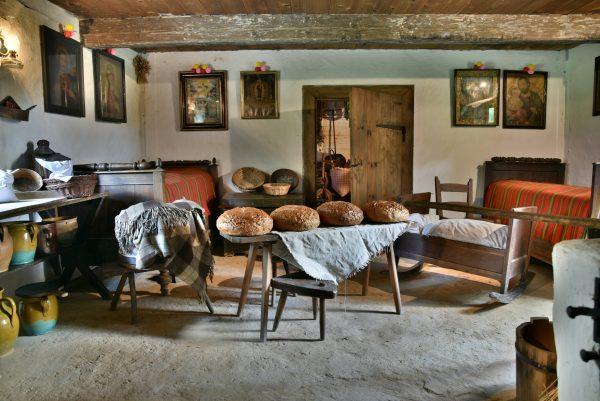 Izba w chałupie - Skansen w Sierpcu